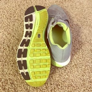 """Nike """"Structure"""" Running Shoes"""